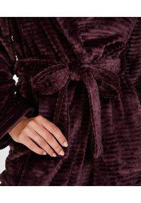 Hunkemöller - Dressing gown - red - 2