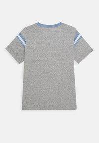 J.CREW - FOOTBALL TEE - Basic T-shirt - heather grey - 1