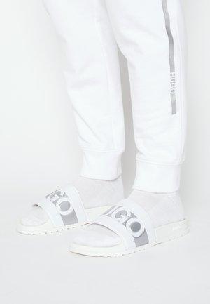 Mules - white/silver