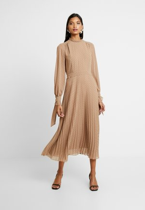 PLEATED DRESS - Vestido informal - brown