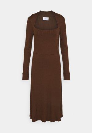SUCH - Denní šaty - ebony