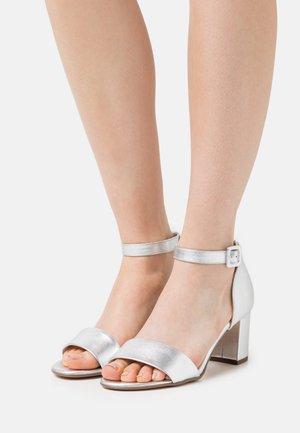 FLORENTINE - Sandals - silber corfu