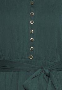 Forever New Petite - RHIANNA BLOUSON SLEEVE SKATER DRESS - Shirt dress - forest green - 2