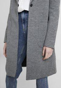 ONLY Tall - ONLASTRID LINDA COAT  - Zimní kabát - medium grey melange - 4