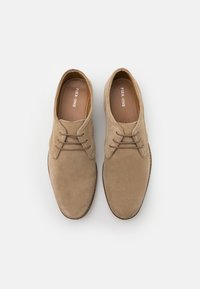 Pier One - Casual lace-ups - sand - 3