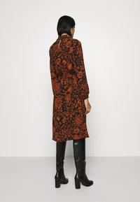 ONLY - ONLNOVA LUX SMOCK BELOW KNEE DRESS - Day dress - black - 2