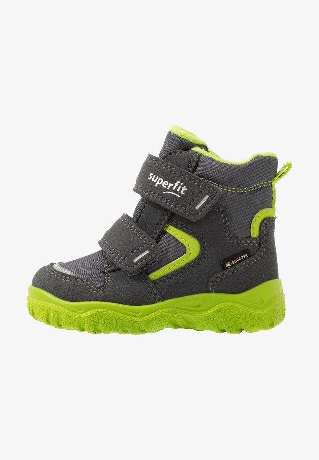 HUSKY - Zimní obuv - grau/grün