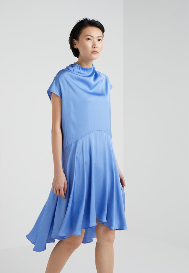 SCENCE - Vapaa-ajan mekko - clear blue