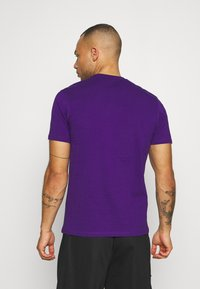Fanatics - NFL BALTIMORE RAVENS CHAIN CORE GRAPHIC - Club wear - purple - 2