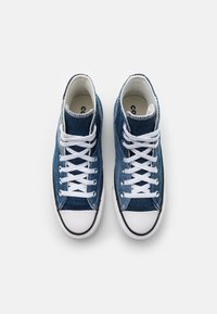 Converse - CHUCK TAYLOR ALL STAR UNISEX - High-top trainers - light denim/dark denim/white - 3