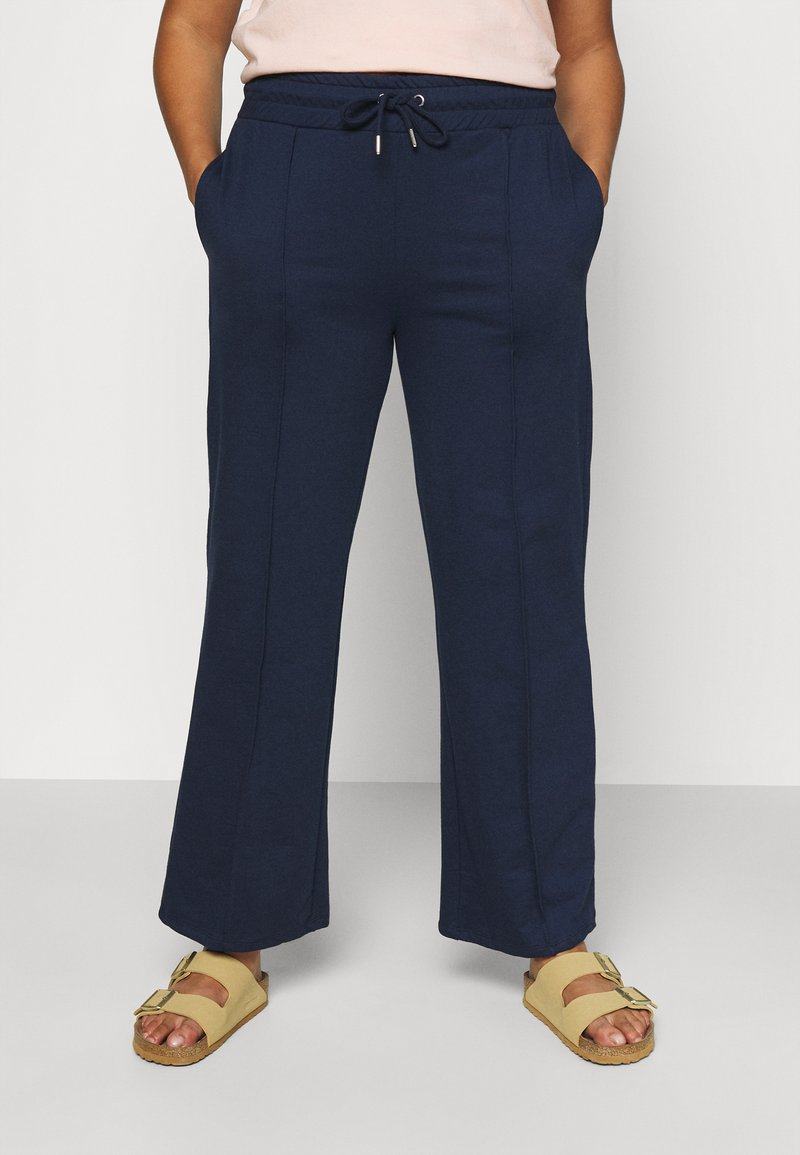 CAPSULE by Simply Be - PLEAT FRONT WIDE LEG JOGGERS - Trousers - navy