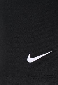 Nike Performance - SHORT PLUS - Pantalón corto de deporte - black/white - 6