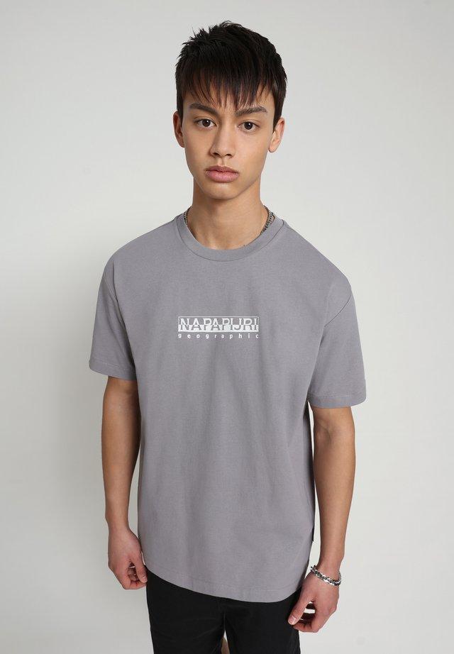 BEATNIK - Camiseta estampada - grey gull
