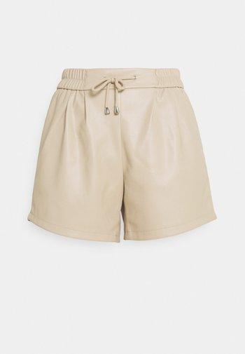 VISALVA COATED - Shorts - humus