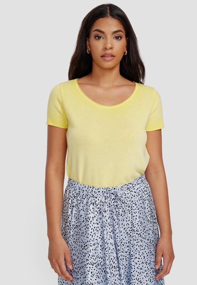 ARABELLA - Basic T-shirt - gelb