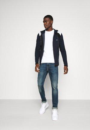 JJADAM TEE CREW NECK 2 PACK - Langarmshirt - denim blue/white