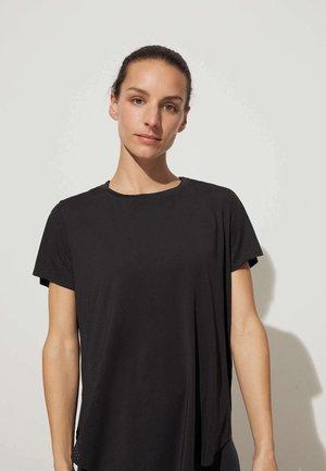 TECHNICAL - Funkční triko - black