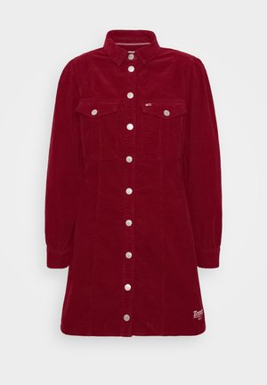 FITTED DRESS - Shirt dress - wine red