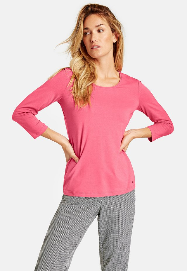 3/4 Arm - Long sleeved top - bright coral