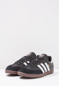 adidas Performance - SAMBA LEATHER FOOTBALL SHOES INDOOR - Trainers - black/run white - 2