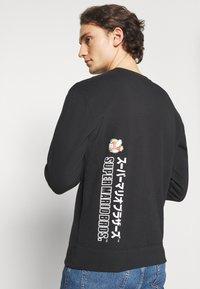 Champion Rochester - CREWNECK X NINTENDO - Sweatshirt - black - 3