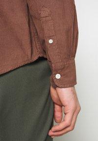 Wrangler - FLAP - Skjorta - tortoise shell - 4
