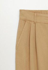 Mango - RELAX - Pantaloni - sand - 6