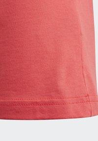 adidas Performance - ESSENTIALS LINEAR T-SHIRT - T-shirt imprimé - pink - 7