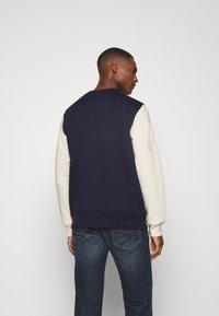 GAP - FAMILY MOMENT CREW - Sweatshirt - navy uniform - 2