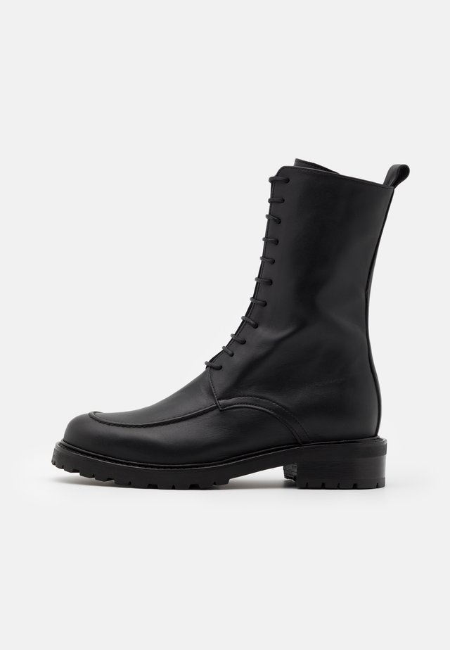 OPIQUE SUSTAINABLE - Lace-up ankle boots - doge black