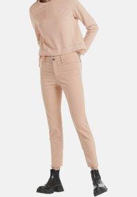 Marc Cain - Slim fit jeans - rose - 0