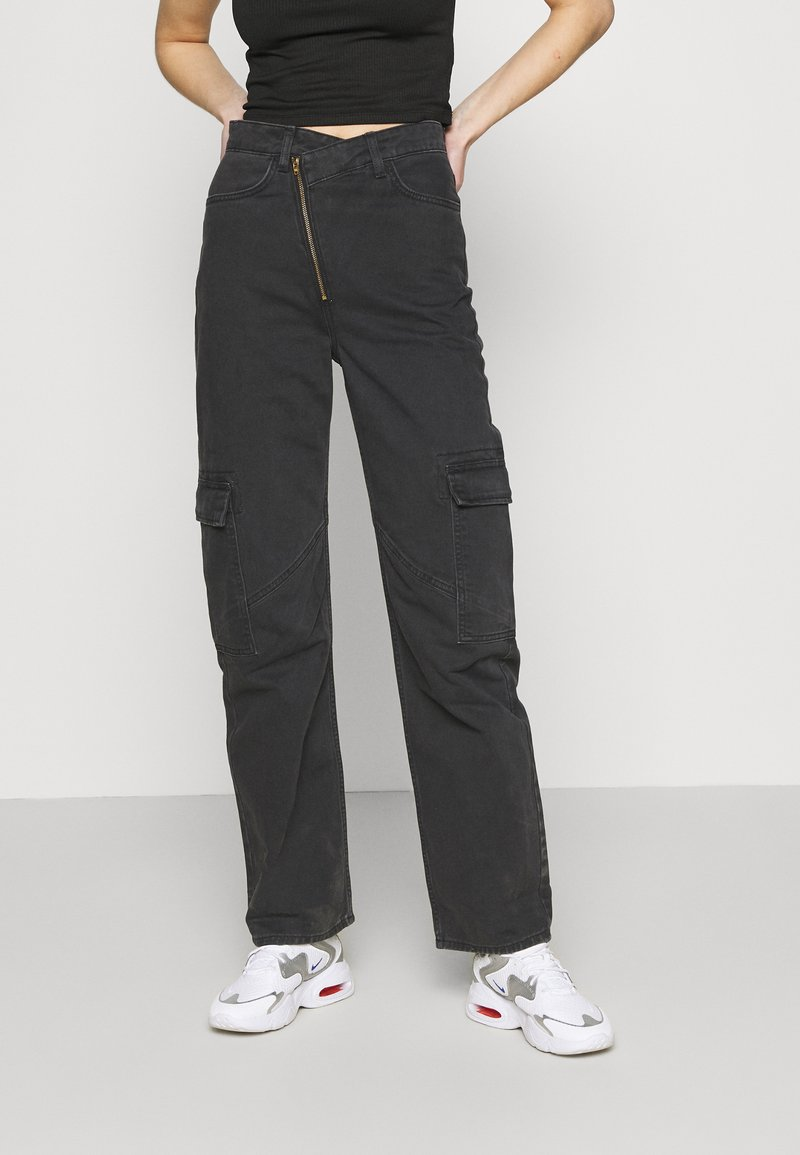 Weekday - ABEL TROUSERS - Straight leg jeans - washed black