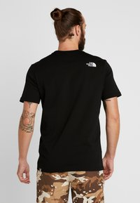 The North Face - MOUNTAIN LINE TEE - T-Shirt print - black - 2