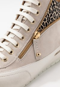 Candice Cooper - BEVERLY - Sneakers alte - tortora/gold - 2