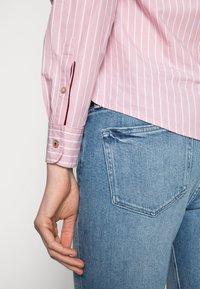Tommy Hilfiger - REGULAR SHIRT - Button-down blouse - pink - 4
