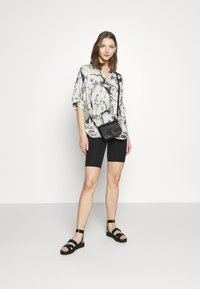 ONLY - ONLLIVE LOVE SOLID CITY 2 PACK - Shorts - orchid bloom/black - 0