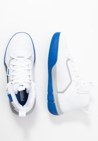 Puma - LEGACY MADNESS - Basketball shoes - white/peacoat - 1