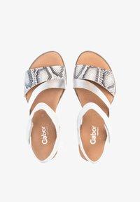 Gabor Comfort - Wedge sandals - weiß - 1