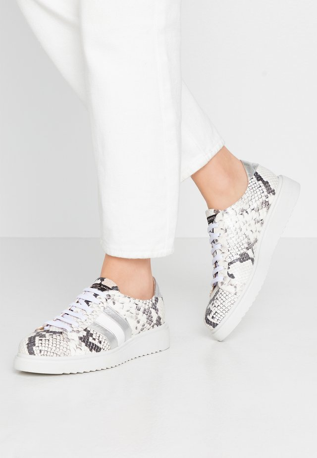 Sneakers - bianco/silver