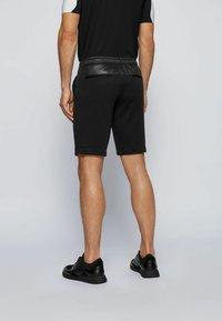 BOSS - LIEM - Shorts - black - 2