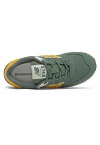New Balance - Trainers - green - 2