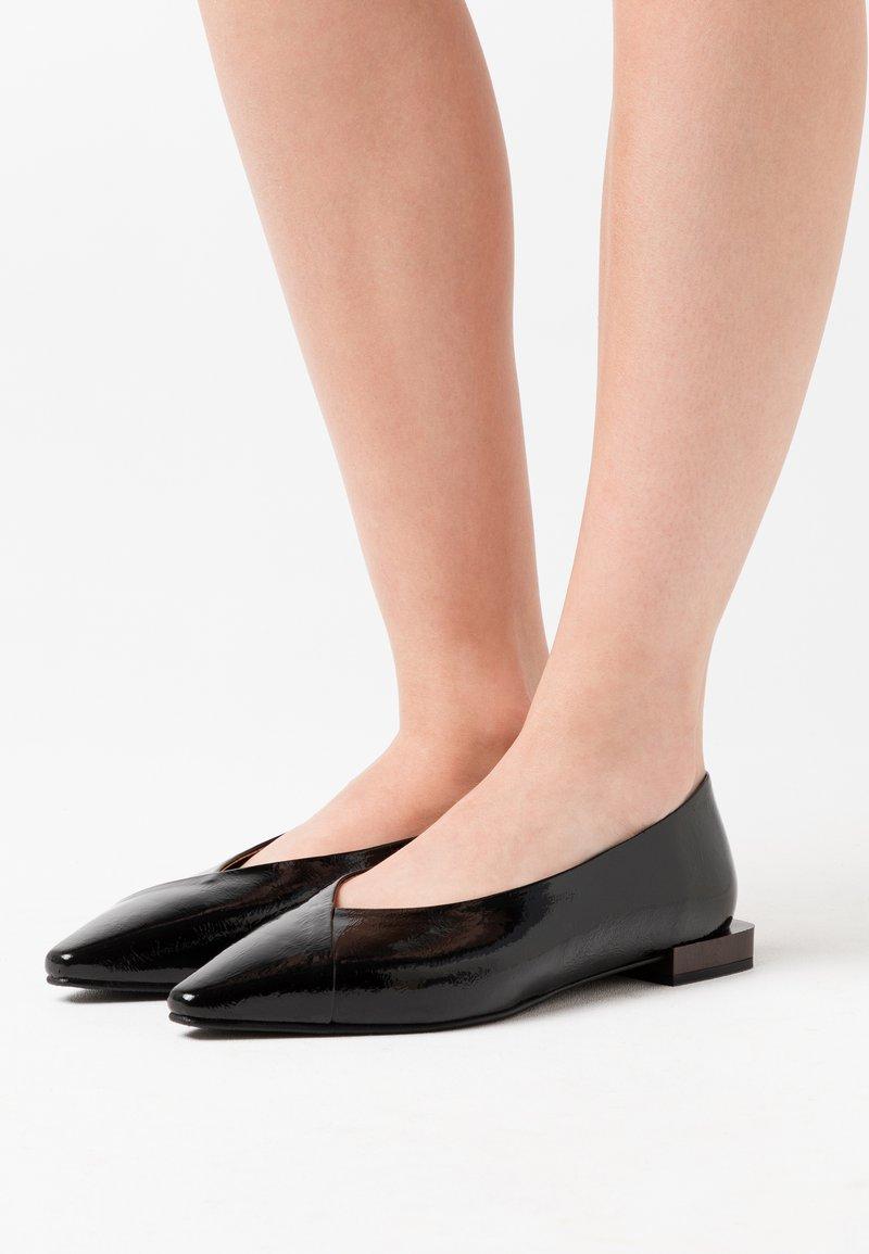 LAB - Ballet pumps - black