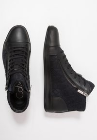 Calvin Klein - BERKE EMBOS - High-top trainers - black