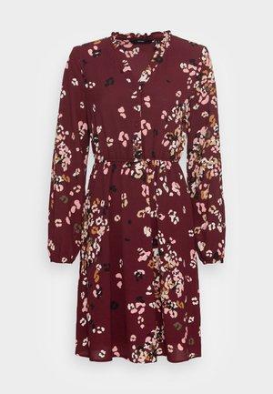 VMAYA V NECK DRESS - Shirt dress - port royale misty rose