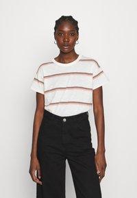 Madewell - SORREL WHISPER CREWNECK TEE IN SCAR STRIPE - Print T-shirt - lighthouse - 0