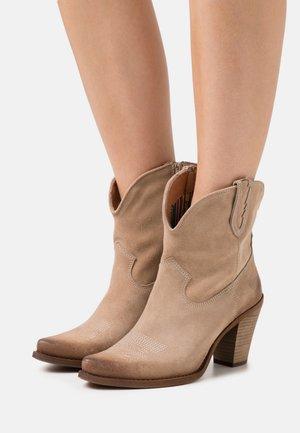 STONES - Kotníková obuv na vysokém podpatku - marvin