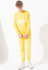 Hype - Tracksuit bottoms - yellow - 1
