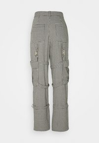 The Ragged Priest - HOUNDSTOOTH COMBATS STRAPPED POCKETS - Pantalones - black/white - 1
