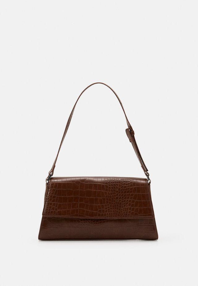 AMIRA BAG - Handtas - brown medium