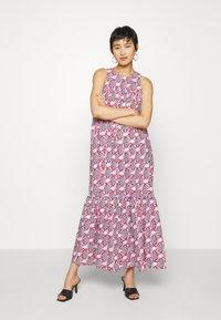 Résumé - ULRIKKE - Maxi šaty - pink - 0